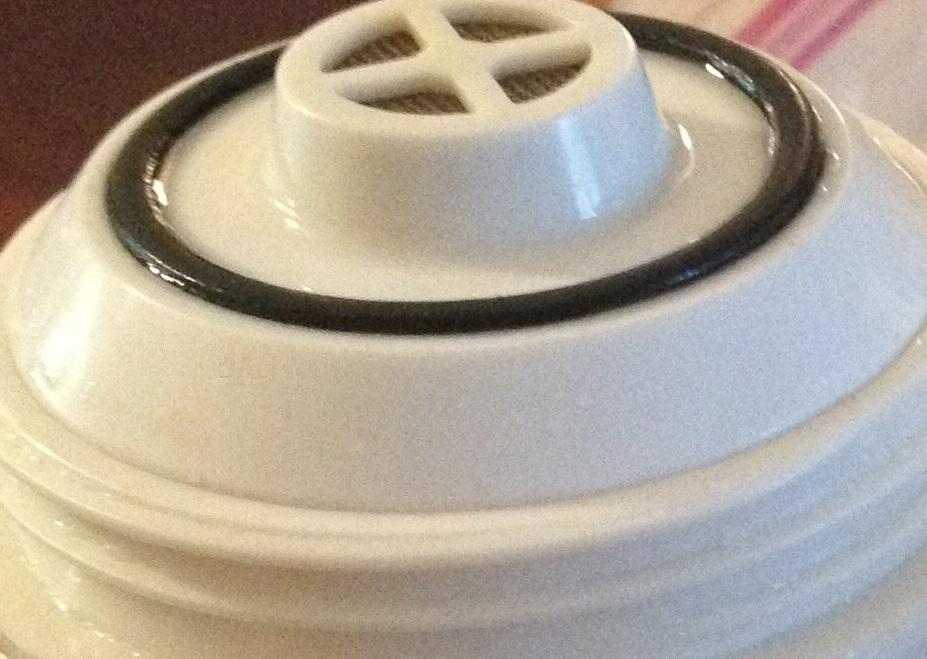 vitamin c shower filter by radiant wash alkaline water plus. Black Bedroom Furniture Sets. Home Design Ideas
